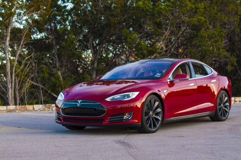 Red Tesla S