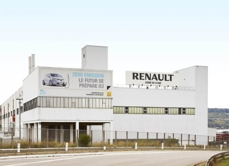 Renault ZOE Z.E. 40: современный французский электромобиль