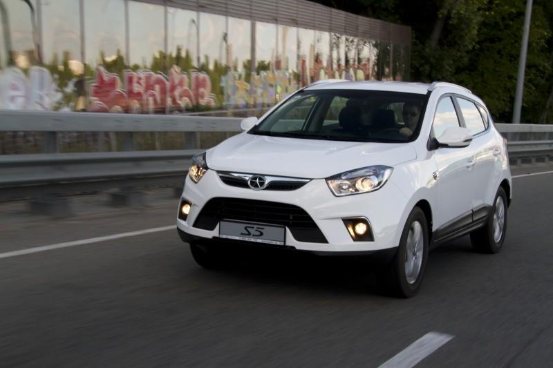 Автомобиль KIA Venga