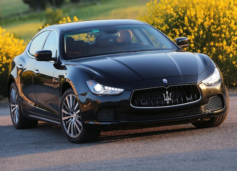 Автомобиль Maserati Quattroporte VI