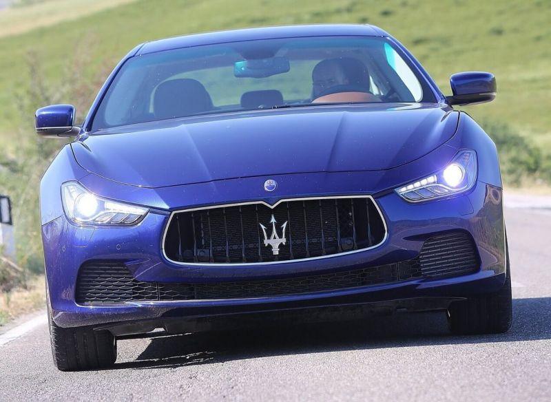 Maserati Ghibli 3 вид спереди