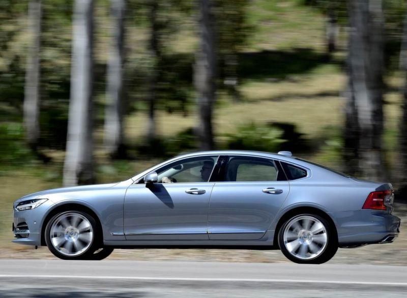 Фото нового Volvo S90