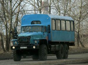 Автомобиль Урал 3255