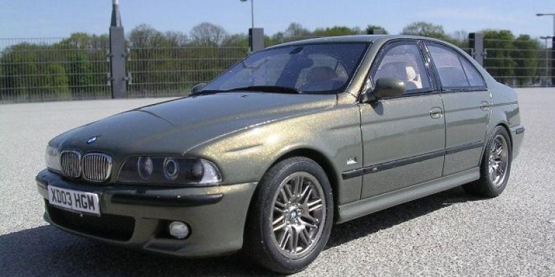 BMW M5 E39