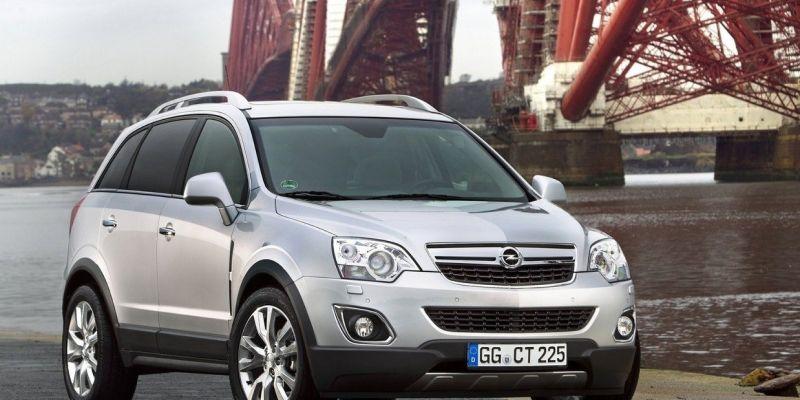 Автомобиль Opel Antara
