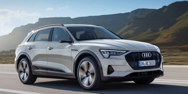 Audi e-tron: электрический удар по «Тесле»