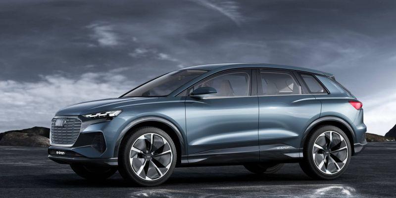 Немецкая компания Audi решила анонсировать самую дешевую версию электрического кроссовера
