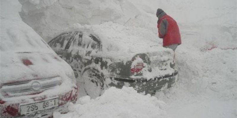 3 действенных совета, как можно выбраться из снега, если некому помочь