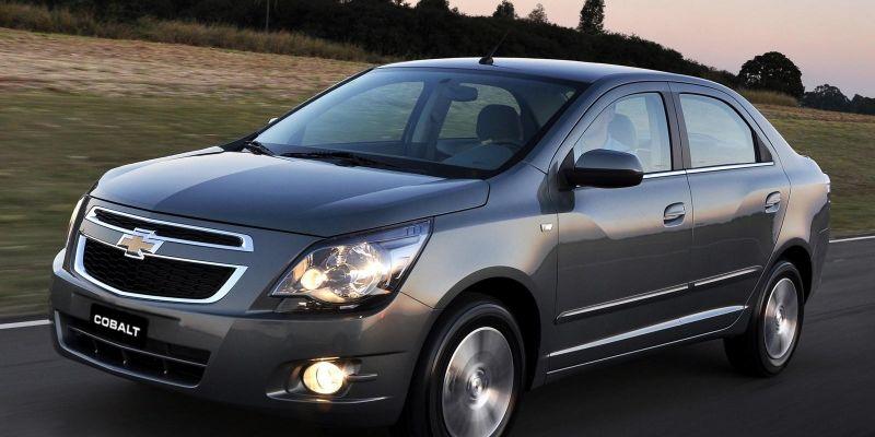 Автомобиль Chevrolet Cobalt 2