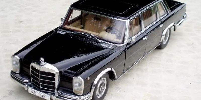 Mercedes-Benz 600SWB