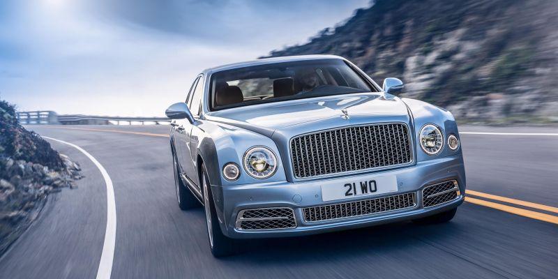 Флагманский Bentley бросил вызов «Роллс-Ройсу»