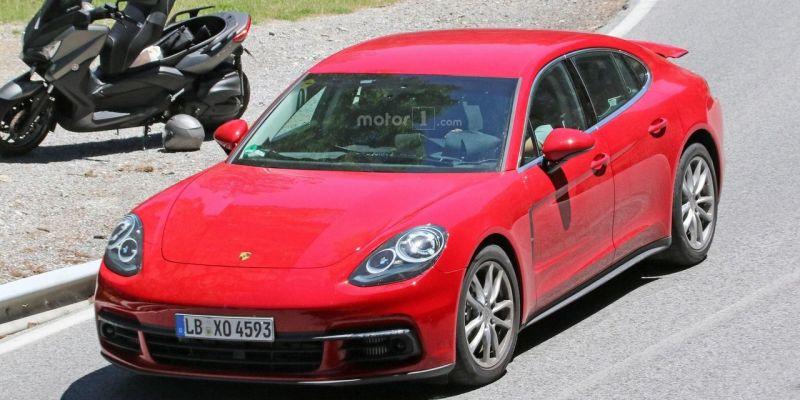 Porsche Panamera пойман с поличным