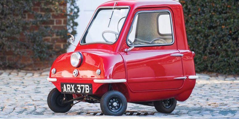 На аукцион выставлен самый маленький автомобиль мира