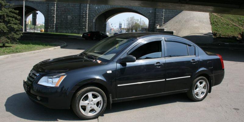Автомобиль Vortex Corda