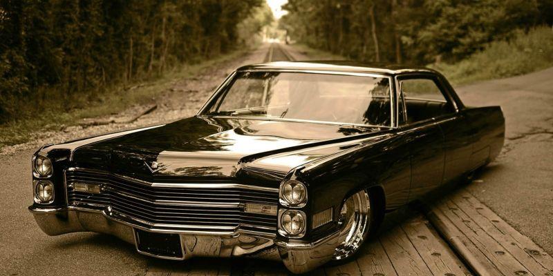 История компании Cadillac