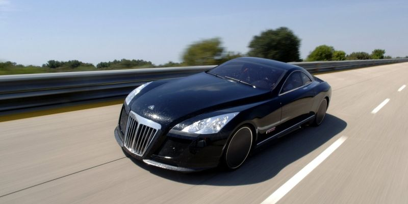 Автомобиль Maybach Exelero