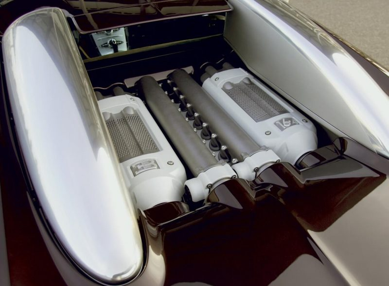 Bugatti Veyron двигатель