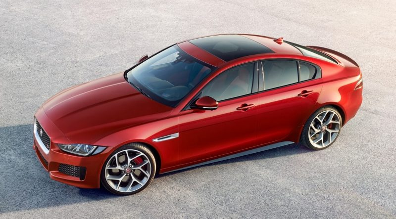 Авто Jaguar XE