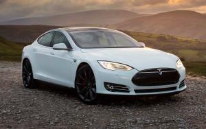 Автомобиль Тесла Модель S