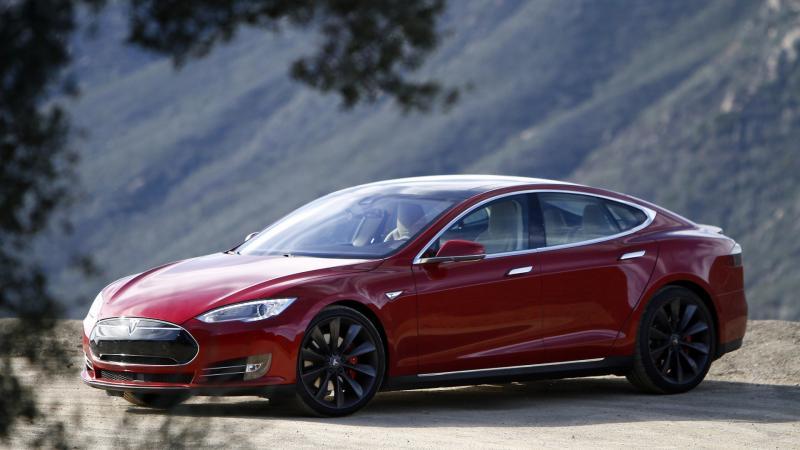Фото авто Tesla Model S