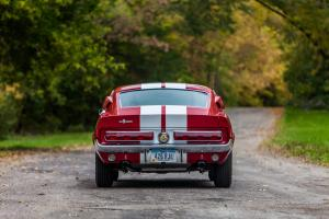 Вид сзади Shelby Mustang GT500