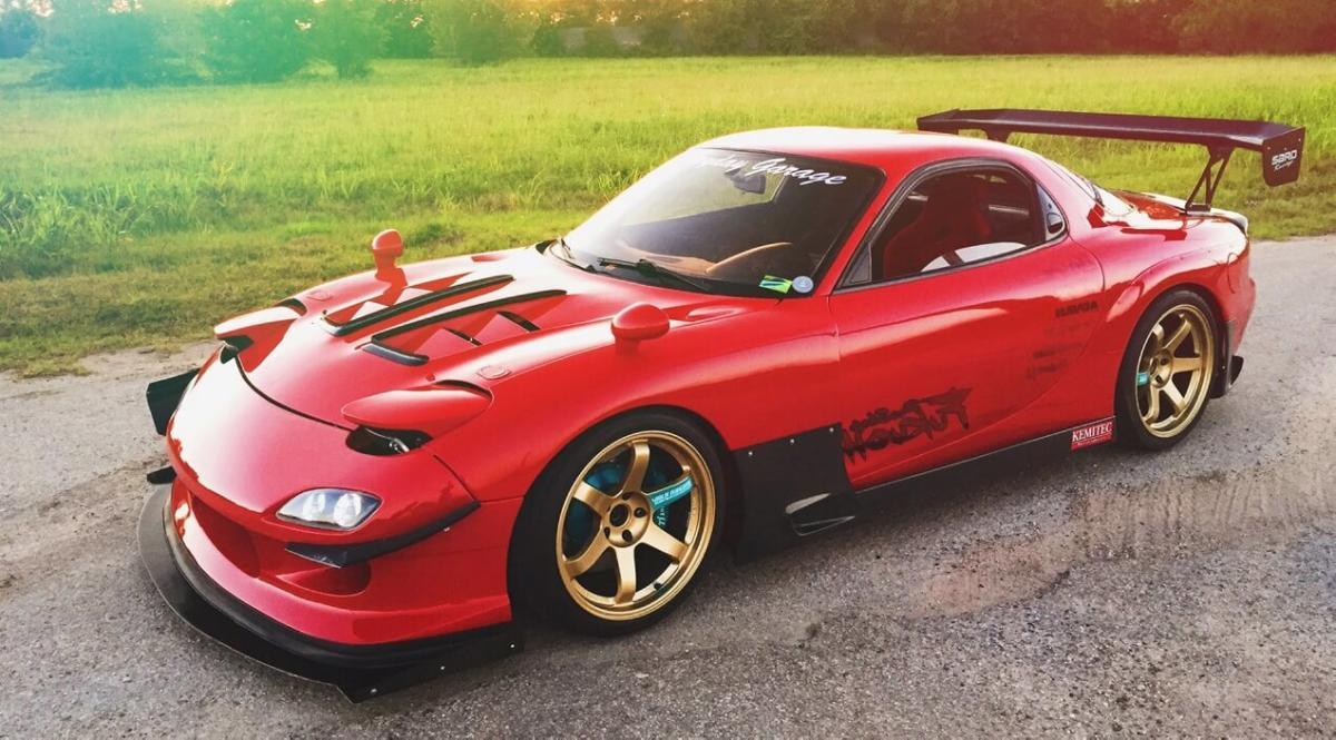 Фото Mazda RX-7