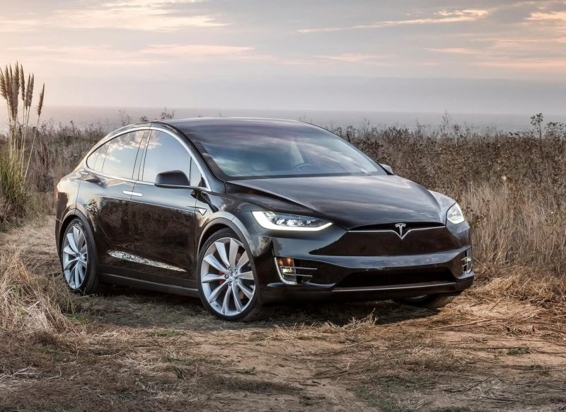 Фото авто Tesla Model X