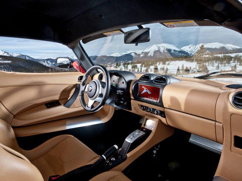 Tesla Roadster салон