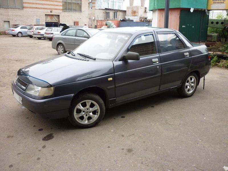 Авто ВАЗ-2110