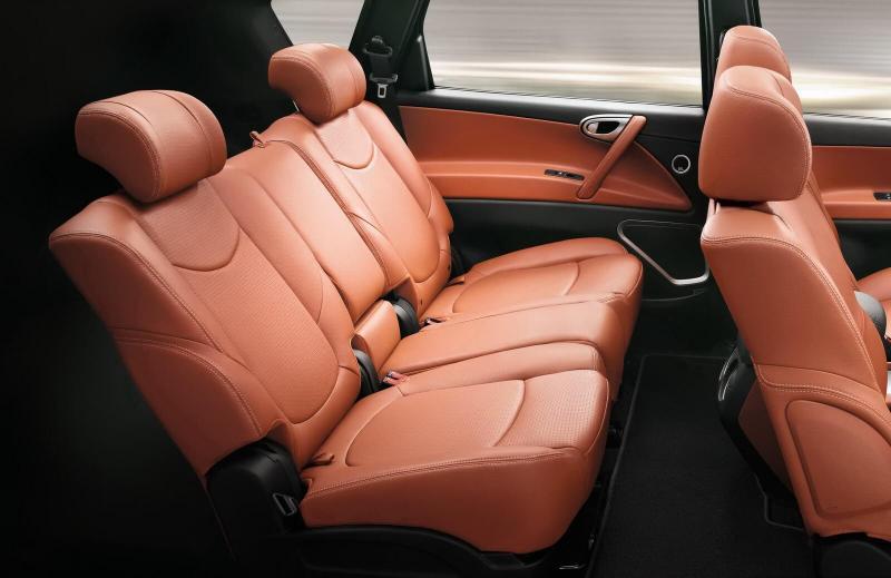Luxgen 7 SUV салон