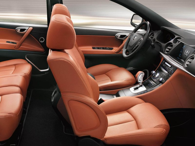Салон Luxgen 7 SUV
