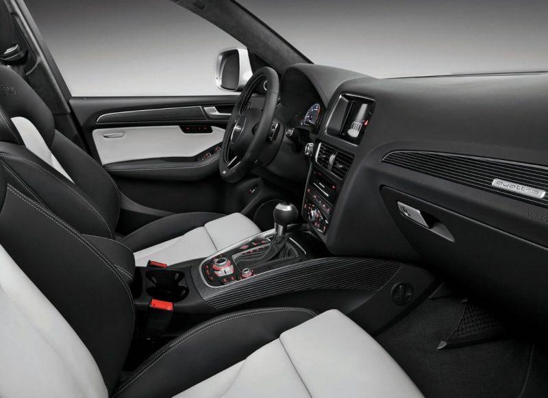 Audi SQ5 интерьер
