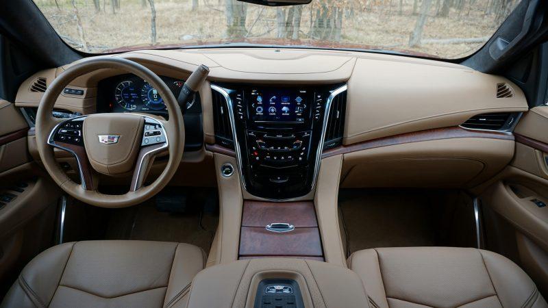 Cadillac Escalade интерьер