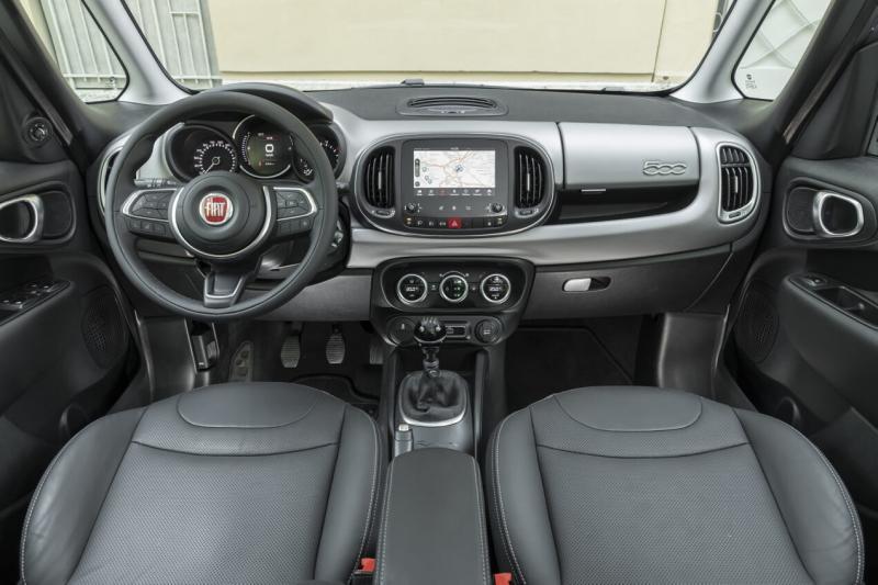Интерьер нового Fiat 500L