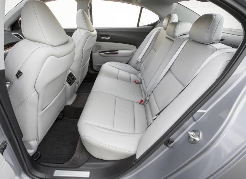 Задние сиденья Acura TLX