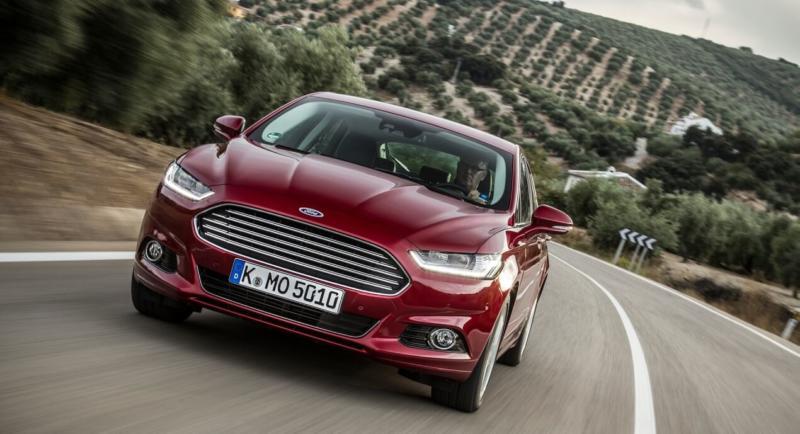 Ford Mondeo вид спереди