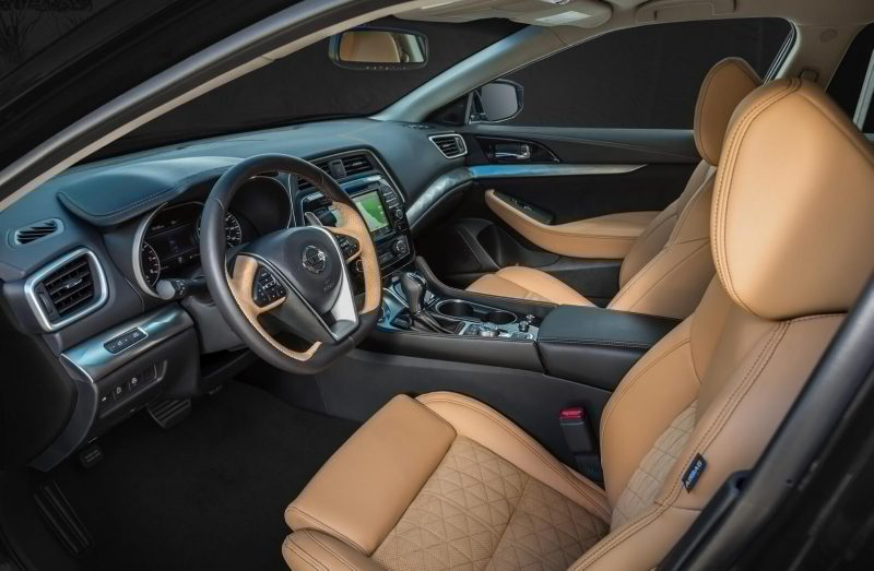 Nissan Maxima салон