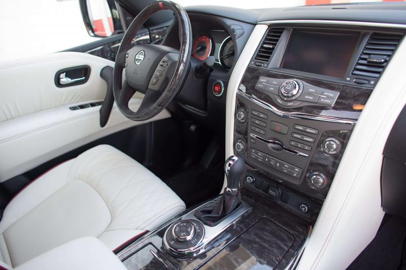 Сенсорный дисплей Nissan Patrol
