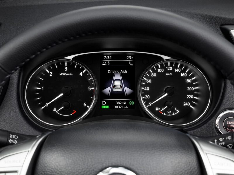 Панель приборов Nissan X-Trail (T32)