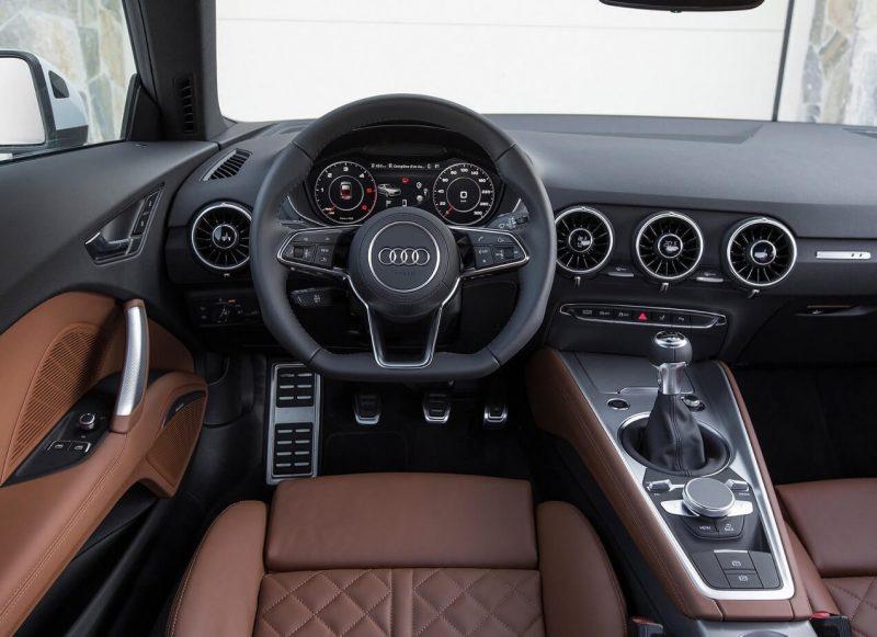 Audi TT салон