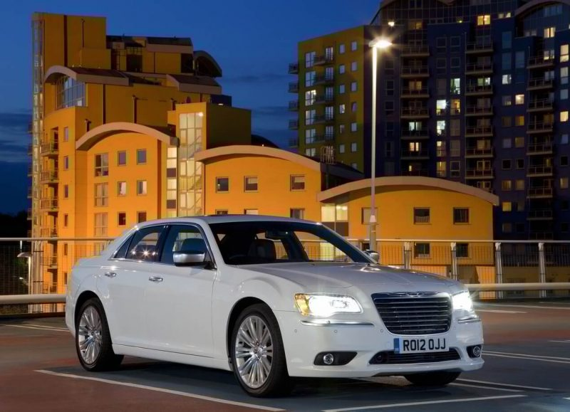 Фото авто Chrysler 300C