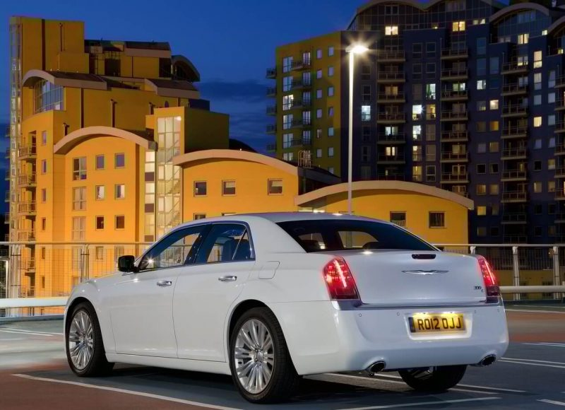Chrysler 300C фотография