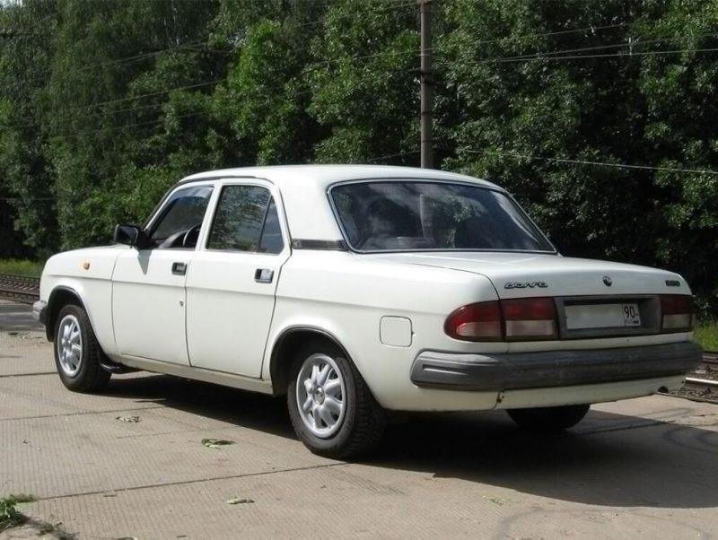Вид сзади ГАЗ 3110