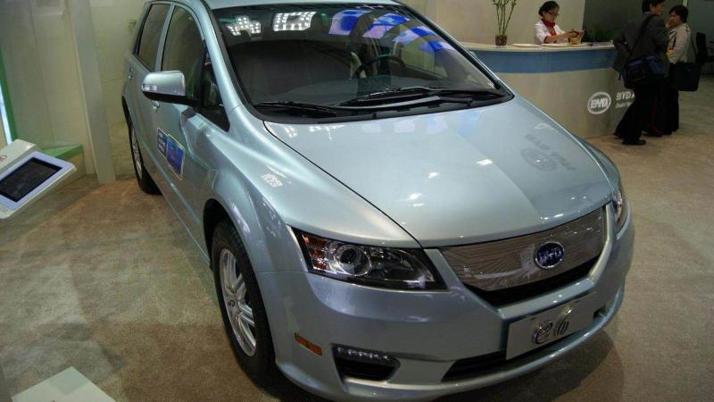 Электромобиль BYD Е6