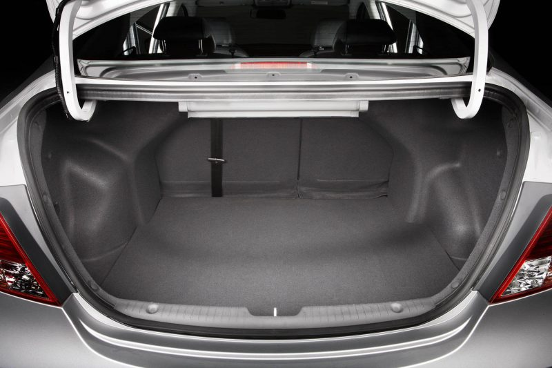 Багажник Hyundai Solaris