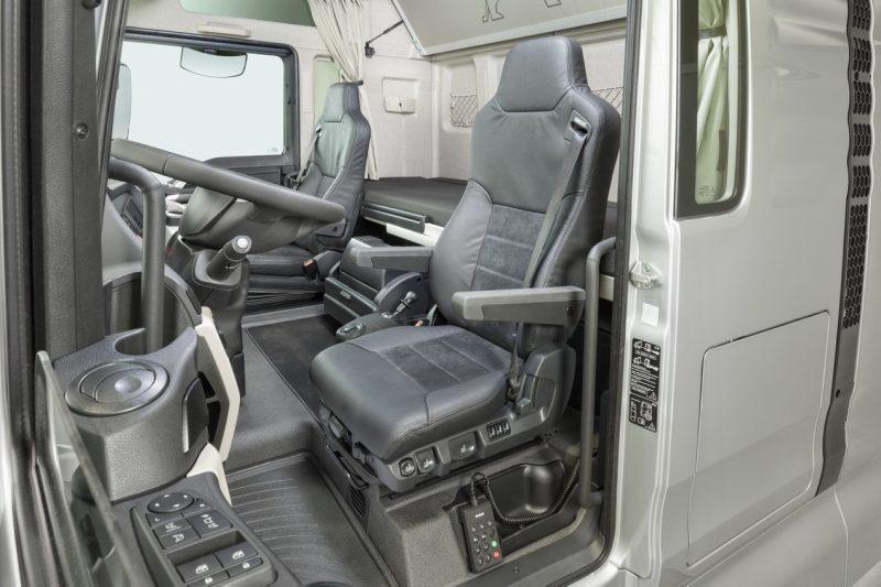 MAN TGX кресло водителя
