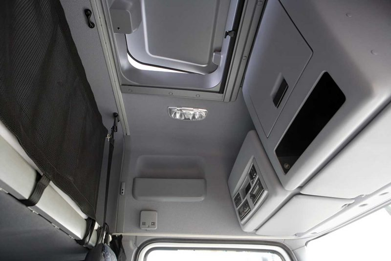 Люк кабины КАМАЗ-5490