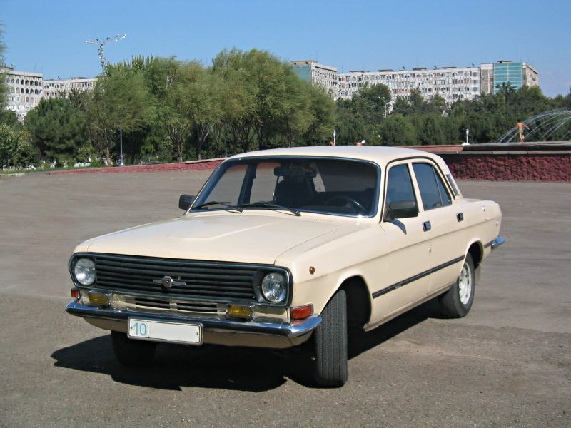 Авто ГАЗ-24-10