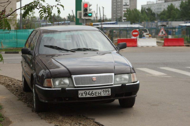 ГАЗ-3105 фото седана