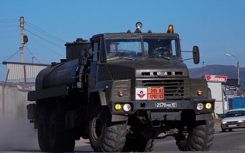 КрАЗ-260 бензовоз
